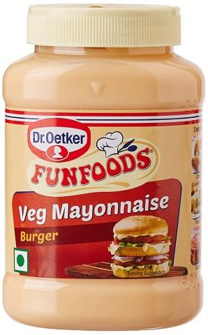 FUNFOODS Veg Mayonnaise Burger(250gm)-1Pc